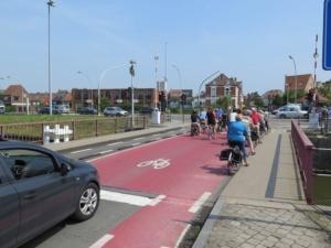 Opgeblazen fiets-opstelstrook